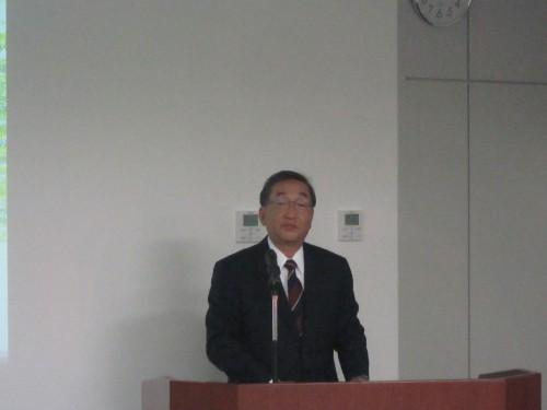 今後の展開について解説する福富秀典取締役常務執行役員日本ビジネスユニット長