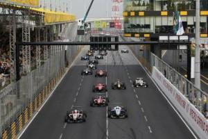 3グランプリのスタートシーン(2013年)