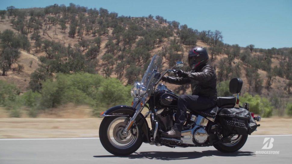 【動画】ブリヂストン アメリカンクルーザータイヤの常識が一変する – BATTLECRUISE H50 イメージ映像