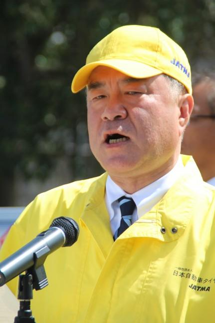 ドライバーに空気圧への関心を促す池田会長