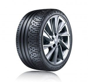 新タイヤ「SR390」