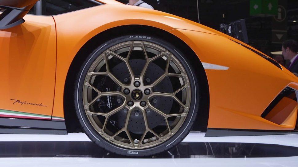 【動画】ピレリ Geneva Motorshow 2017 – Lamborghini