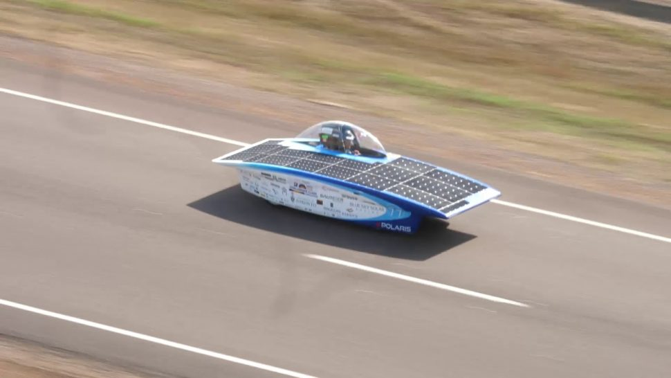 ブリヂストン動画 8 OCT Event Start – 2017 Bridgestone World Solar Challenge Report