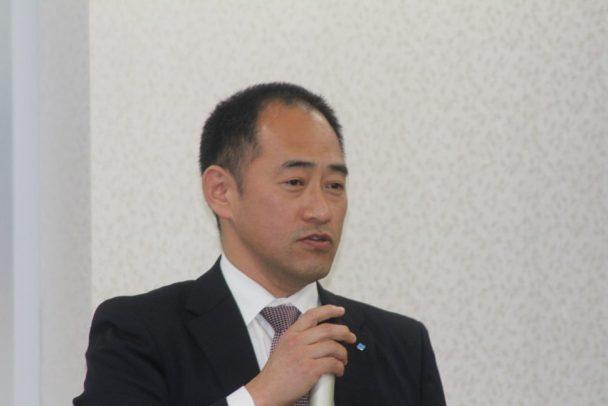 ロードスポーツ2開発責任者である松並俊行第二技術部課長